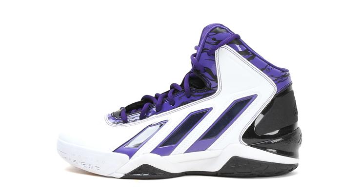 adidas阿迪达斯新款男子场上款篮球鞋G66937
