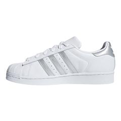 adidas阿迪达斯女子SUPERSTAR W三叶草系列休闲鞋D97998