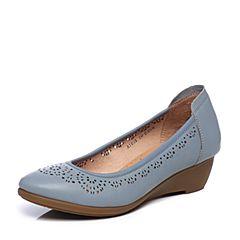 Bata/拔佳夏季专柜同款浅兰色时尚镂花圆头坡跟绵羊皮浅口女单鞋AIE05BQ7
