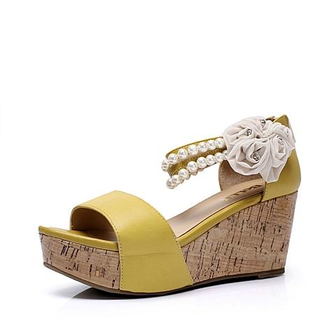 拼色 鞋跟形状: 松糕厚底坡跟 鞋面材质: 羊皮革 流行元素: 糖果色
