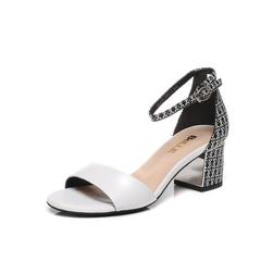 Belle/百丽夏专柜同款白/黑白羊皮粗跟一字型女凉鞋BLA39BL7(领红包更优惠)