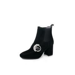 Belle/百丽2017冬季大英联名款专柜同款黑色时尚英伦羊皮绒面钻饰女切尔西靴BRW42DD7