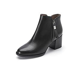 Belle/百丽冬季专柜同款黑色牛皮女短靴BRB42DD7