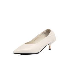 Belle/百丽2018春新品米白羊皮女尖头小V口猫跟鞋单鞋S3C1DAQ8