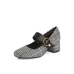 Belle/百丽2018春季新品专柜同款黑色格子布/牛皮女单鞋BOSA8AQ8