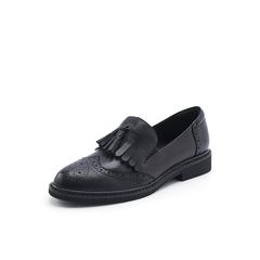 Belle/百丽2018秋新款黑色羊皮革雕花布洛克流苏英伦风女单鞋11885CM8