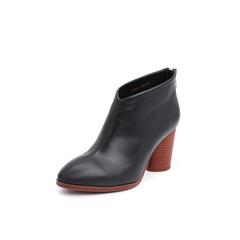 Belle/百丽2018冬季专柜新款黑色牛皮革女尖头粗跟及踝靴T1B1DDD8