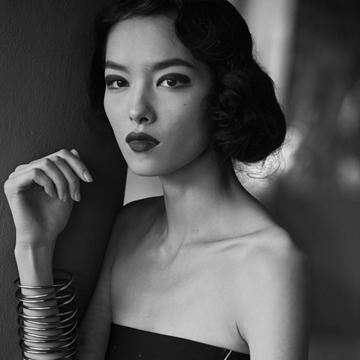 超模孙菲菲演绎「女人的奥秘」时尚大片