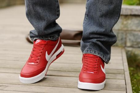 耐克运动鞋新款