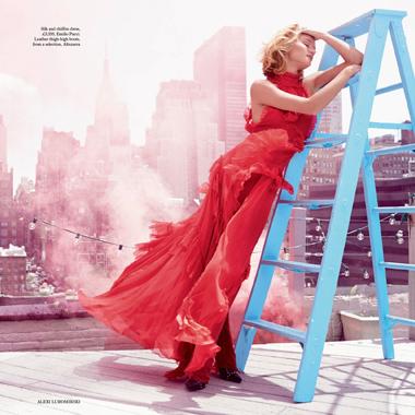 Rosie登《Harper's Bazaar》