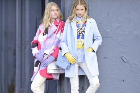 [个子矮的女生冬季服装搭配如何才能显得不臃肿]个子矮的女生冬季服装搭配如何才能显得不臃肿呢