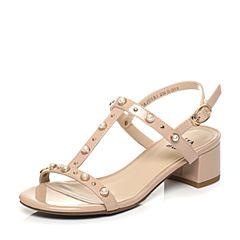 Tata/他她夏季专柜同款粉杏色漆牛皮甜美珍珠粗跟女皮凉鞋2USB1BL7